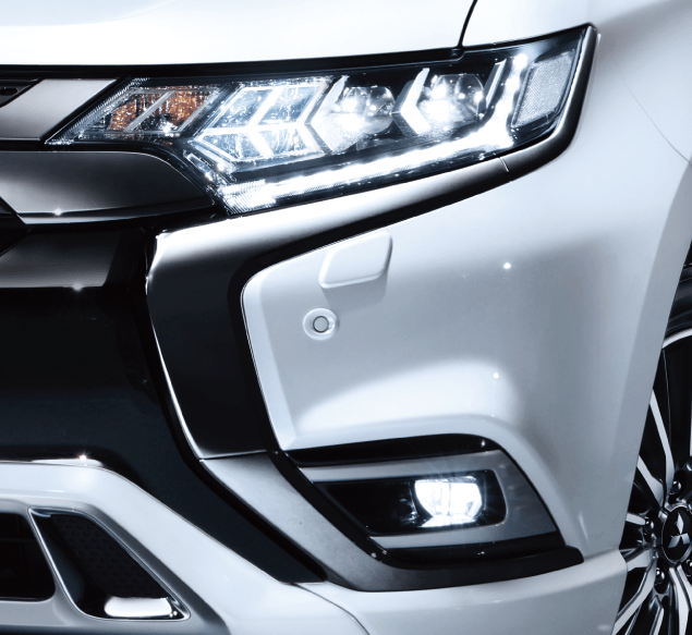 Mitsubishi Outlander PHEV PROJECTEURS BI-LED