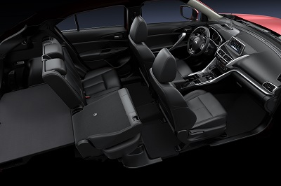Mitsubishi Eclipse Cross  BANQUETTE ARRIÈRE COULISSANTE