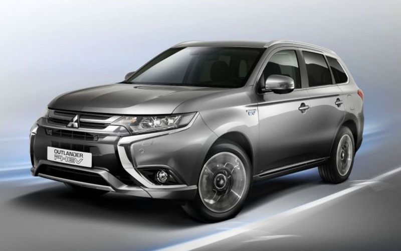 nouvel outlander phev la voiture mitsubishi hybride rechargeable. Black Bedroom Furniture Sets. Home Design Ideas